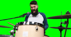 Männliches drumer, das Trommel spielt stock video footage