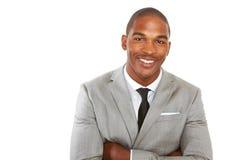 Männliches Lächeln des glücklichen überzeugten Afroamerikanergeschäfts Stockfoto