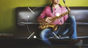 Männliches Saxophon-Musiker-Label Banner Graphic-Konzept Lizenzfreies Stockbild