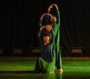 Mänsklig Pyramid-Höft-flygtur breakdancing-universitetsområde dans Fotografering för Bildbyråer
