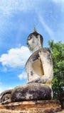 Mänsklig totempålebild av arkitektonisk skulpturBuddhabuddism Royaltyfri Foto