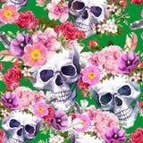 Mänskliga skallar med blommor, fjädrar för dödsdag eller allhelgonaafton Sömlös modell på grön bakgrund vattenfärg vektor illustrationer
