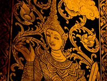 Märchen auf der Tür im Tempel stockbilder