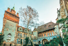 Märchen-Schloss - Budapest stockbild