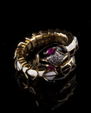 Märkes- diamantarmband Arkivbilder