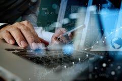 Märkes- handarbete och ilar telefonen och bärbara datorn Royaltyfri Bild