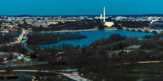 26. MÄRZ 2018 - ARLINGTON, VA - WÄSCHE D C - Vogelperspektive von Washington D C von der Spitze der Stadt Amerika, amerikanisch lizenzfreie stockfotos