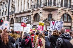 März gegen Trumpfpolitik Lizenzfreies Stockbild