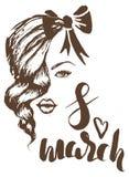 8. März Hand gezeichnete Skizze mit weiblichem Gesicht Stockbild