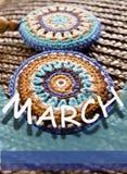 8. März Symbol Zahl von acht machte von den handgemachten Knöpfen Design der glücklichen Frau Tages Stockbilder