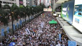Märze 2014 Hong Kongs am 1. Juli stock video footage