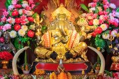 MässingsGanesha staty, tempel för PA Daet i Chiangmai Thailand Arkivbild