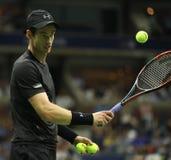 Mästare Andy Murray för storslagen Slam av Storbritannien i handling under match för runda fyra för US Open 2016 Arkivbild