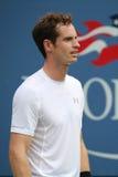 Mästare Andy Murray för storslagen Slam i handling under den andra runda matchen för US Open 2015 Royaltyfri Fotografi