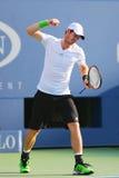 Mästare Andy Murray för storslagen Slam under match för runda 4 för US Open 2014 mot Jo-Wilfried Tsonga Royaltyfri Fotografi