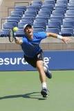 Mästaren Andy Murray för den storslagna slamen öva för US Open 2014 Arkivbild