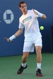 Mästaren Andy Murray för den storslagna slamen öva för US Open 2017 Arkivbild