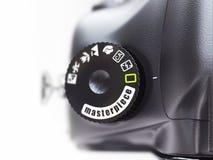 Mästerverk. Närbild av funktionsläget för fotokameraströmbrytare. Fotografering för Bildbyråer