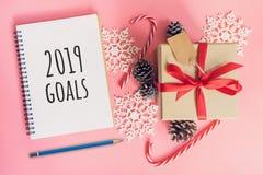 2019 mål för nytt år, för bruntgåva för bästa sikt ask, anteckningsbok och chris arkivfoton