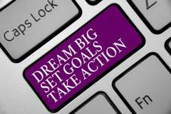 Mål för uppsättning för dröm för ordhandstiltext tar stora handling Affärsidé för att motivationen ska följa din purp för drömins royaltyfri bild