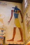 Måla den färgrika egyptiska templet Royaltyfria Bilder