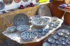 Måla på keramik Arkivbilder