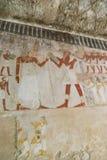 Måla på väggen på egyptiska gravar Arkivbilder