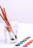 måla redslaglängdvattenfärgen vit arkivbild