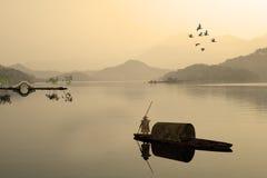 Måla stil av det kinesiska landskapet Arkivfoto