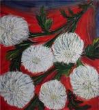 Målad bukett av vita blommor med röd och blå bakgrund stock illustrationer