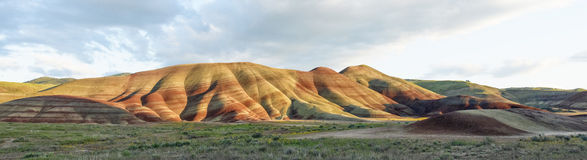 Målad kulleJohn Day Fossil Beds National monument, Oregon Royaltyfri Foto