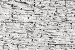 Målad vit texturerad trävägg Arkivfoton