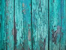 Målad wood yttersida för pastellfärgad turkos, med en abstrakt uttrycksfull vertikal linje textur Pastellfärgad bakgrund för desi Royaltyfria Bilder