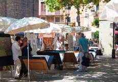 Målare nära Santa Maria del Pi i Barcelona Fotografering för Bildbyråer