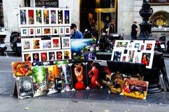 Målare som målar stående i Las Ramblas de Catalunya, Barcelonas Royaltyfri Bild