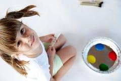 målarebarn Arkivfoto