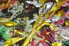 Målarfärg vattenfärg, toner för gräsplan för vit för orange guling för siilver röda guld- mörka, abstrakt bakgrund Fotografering för Bildbyråer