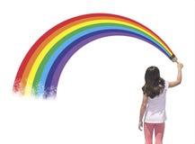Målarfärgflickaregnbåge Arkivfoto