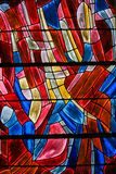 Målat glass i Paris, St Severin Church royaltyfria bilder