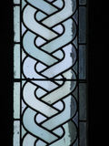 Målat glass på Mont Saint Michel Abbey, Frankrike Arkivfoton