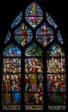 Målat glass som visar apostleship för St Mary Magdalenes till Provence Skott i kyrka av helgonet Severin, Paris arkivbild