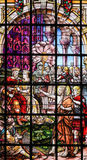 Målat glass - St John det baptistiskt Arkivfoton