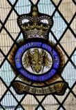 Målat glassfönster som firar minnet av den brittiska enheten för radarforskningflyg Royaltyfri Bild