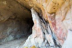 Målningar i grottor av Cueva de las Manos Royaltyfri Foto