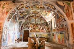 Målningarna av romanesquekyrkan av St Bernard Arkivfoton