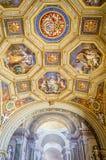 Målningfreskomålningtak i Vaticanenmuseet arkivbild