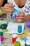 Målningkrukmakeri Fotografering för Bildbyråer
