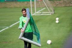 Målvakt Christofer Heimeroth i klänning av Borussia Monchengladbach Royaltyfri Bild