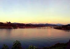 måndag bro Arkivfoto