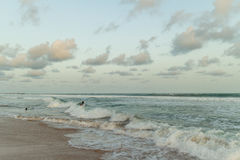 måndag eftermiddag på den Obama stranden, Cotonou Royaltyfri Fotografi